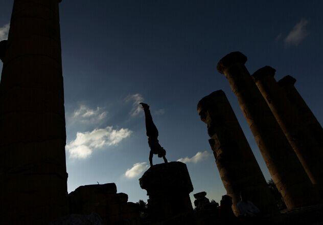 利比亚古城的跑酷高手-跑酷街
