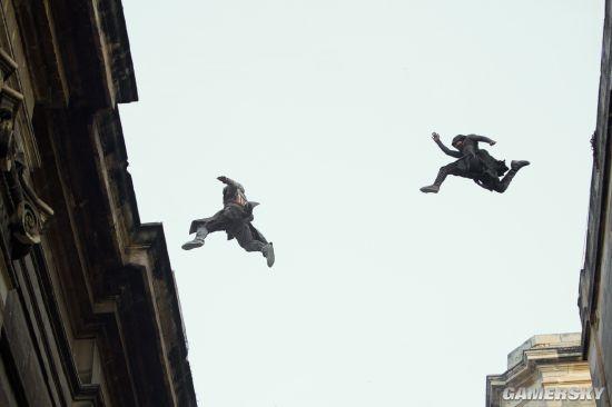 《刺客信条》全新剧照 中世纪刺客上演穿越跑酷-跑酷街