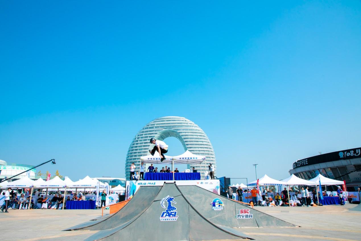 2019中国极限轮滑联赛、中国极限跑酷联赛·湖州站 金秋打响联赛双响炮-跑酷街