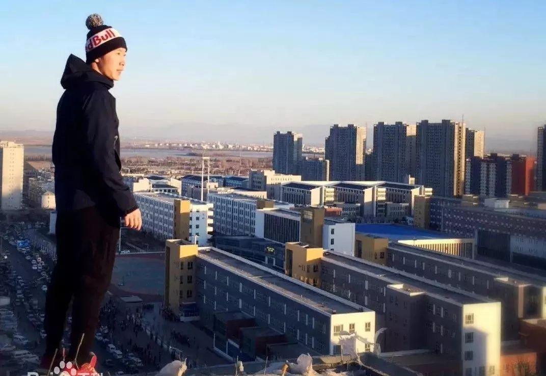 张云鹏亚洲跑酷第一人,吉尼斯世界记录保持者(张云鹏跑酷)-跑酷街